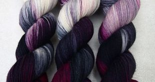 I'm in love with this yarn..... I want it.... seriously, I want it and to we...