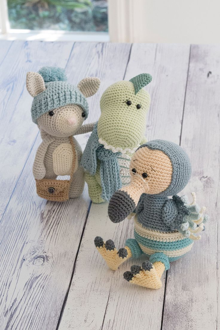 Free Patterns to Crochet With Bulky Thick & Quick Yarn | Stitch in ... | 1101x736
