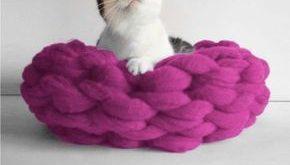 Merino Wool DIY Hand Crochet Kit - Cat Bed