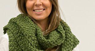 Handmade cheeky chunky yarn scarf, DIY www.woolcoutureco... #chunky #yarn #wool...