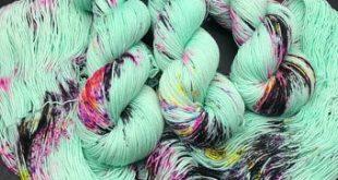 Sock Yarn, Hand Dyed, Speckled, Superwash Merino Nylon Fingering Weight 100 g, Staple Sock - Unsteady *In Stock