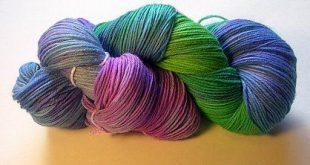 Yarn Dyeing Tutorial -- KnitPicks sock yarn in blue, green, and purple, via kath...