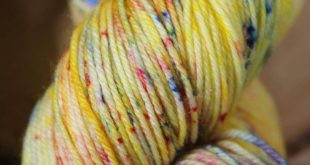 #etsy shop: Zest. Premium 75% SuperWash Merino and 25 Nylon Hand Dyed Yarn #supp...